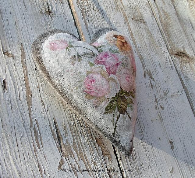 Serce z materiału.