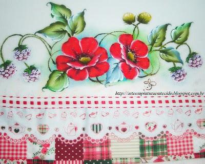 pintura em tecido pano de prato papoulas e amora