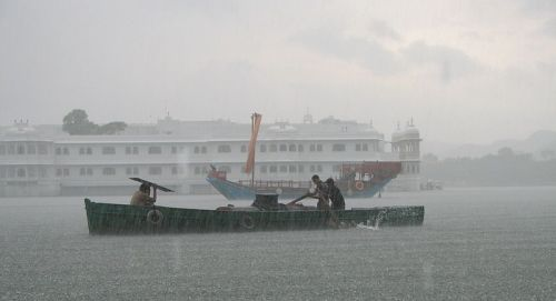 Trayaan : Heavy monsoon rains in many parts of India – Not a good time to go touring to many places
