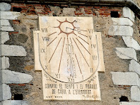 Rellotge de sol del campanar de Sant Vicenç de Gualba
