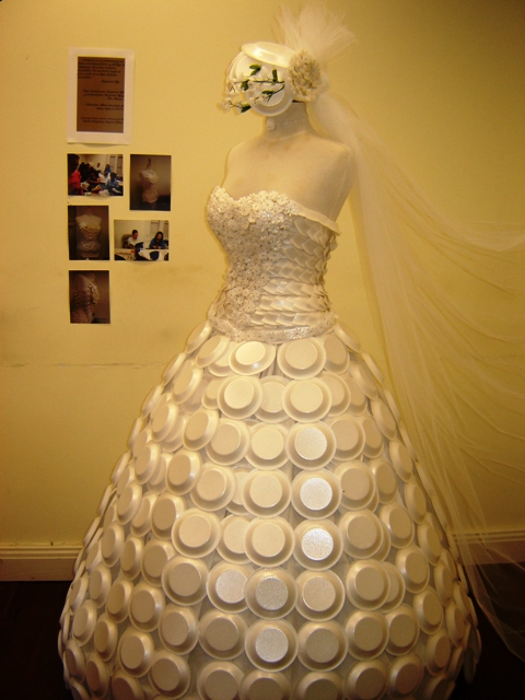 surprising dress made of condoms dress made of cardboard platesDress Made Out Of Recycled Materials