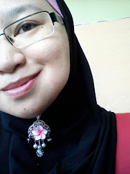 Me is wearing Nona's Handmade Brooch