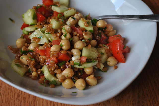 Back on Track Wheat Berry and Bean Salad from Oh She Glows
