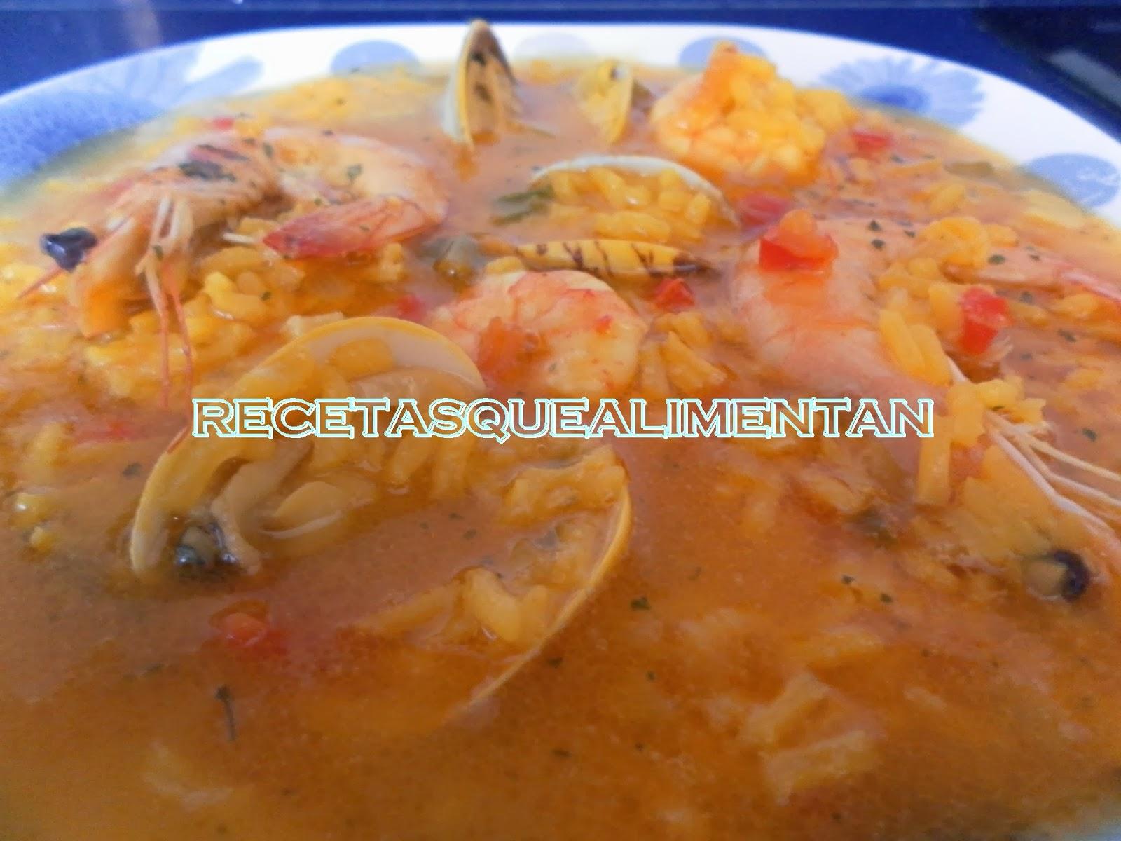 Recetas que alimentan arroz caldoso con almejas y gambas - Arroz con gambas y almejas ...
