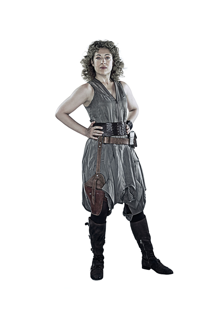 Hello Sweetie... River Song Outfit IDs