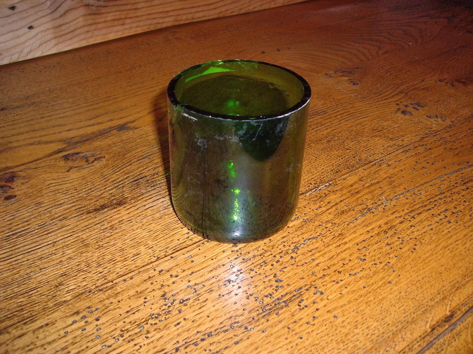 Objets d co tutoriels et meubles en bois de palettes comment faire un verre ou un vase d 39 une - Comment couper une bouteille de verre ...