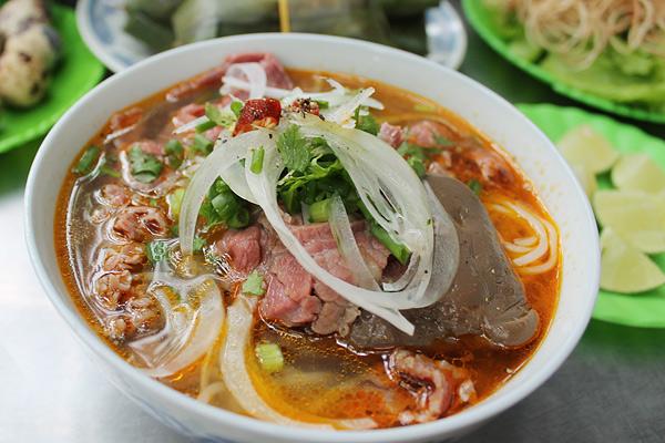 how to cook vietnamese bun bo hue