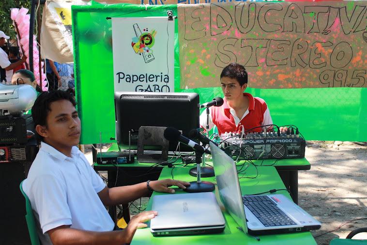 La emisora De la comunidad Educativa