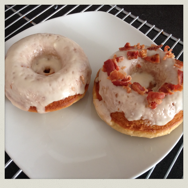 Maple Donuts with Maple Glaze and Bacon Crumbles : (recipe adapted ...