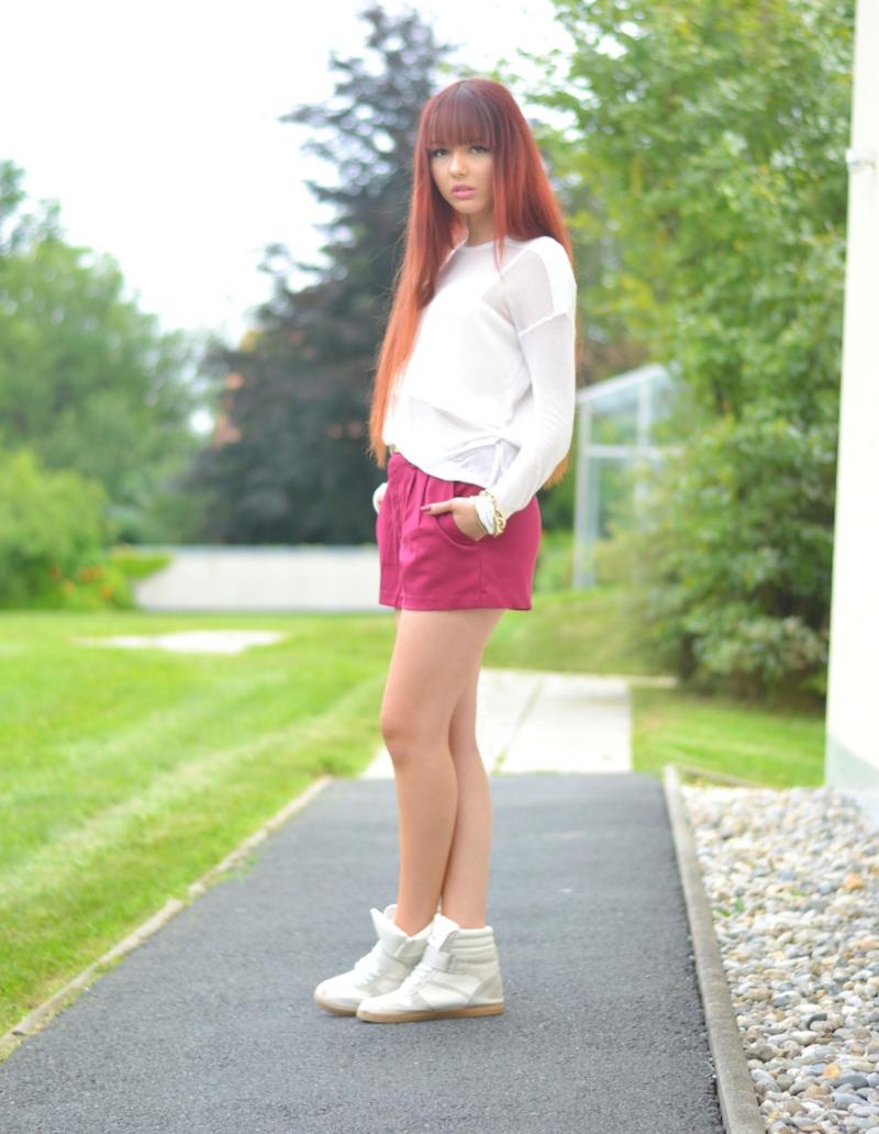Outfit-weiße-Sneakers-kombinieren