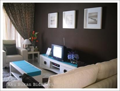 Dekorasi Raya :: Rumah aku rase Lapang biLer tak de SOFA....tapi ...