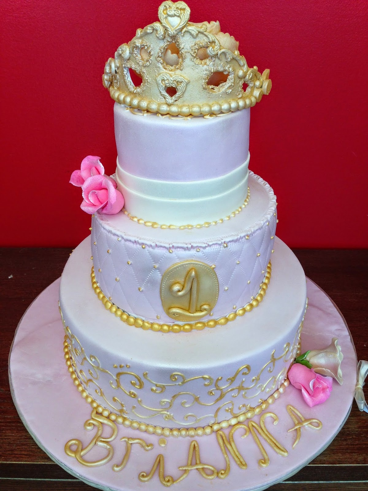Baking with Roxanas Cakes: 1st Birthday Cake Princess Themed