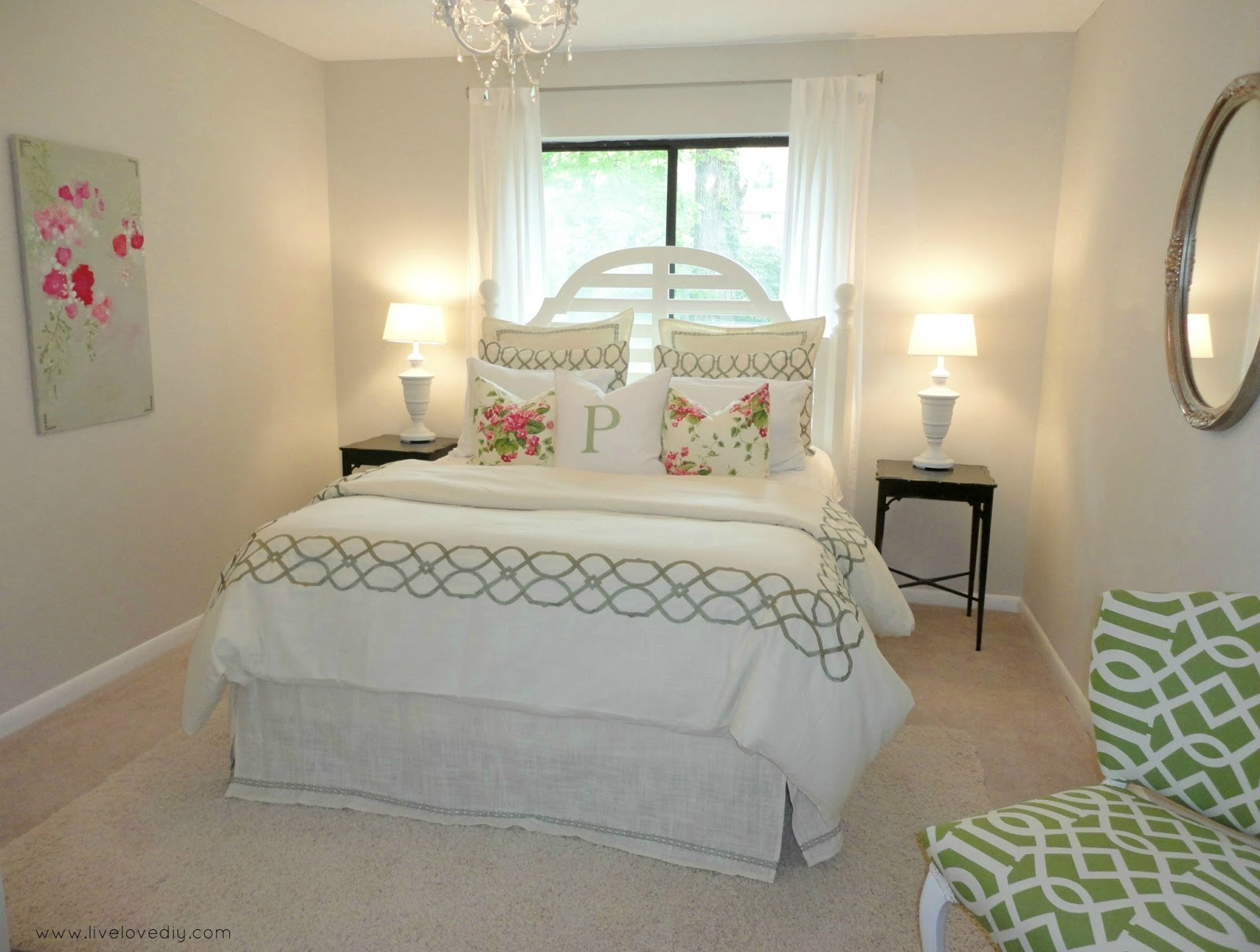 Livelovediy Decorating Bedrooms With Secondhand Finds: how to decorate a small bedroom cheap