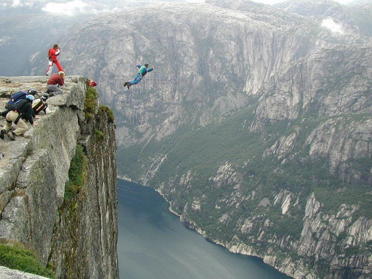 Wanderlust wind beneath my wings base jumping deolali - Highest cliff dive ...