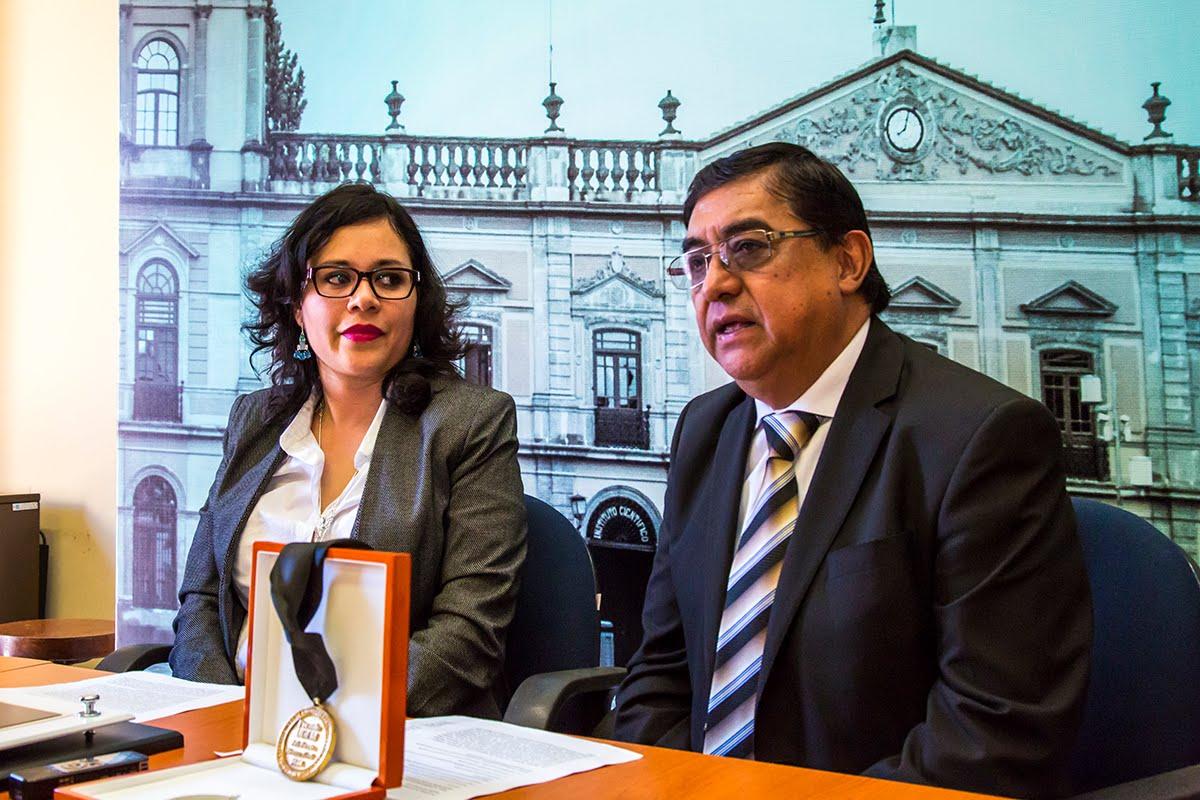 ESTUDIO DE EMPRESAS FAMILIARES GENERA PREMIO DE LA UDEM Y LA IMEF PARA INVESTIGADORA DE LA UASLP