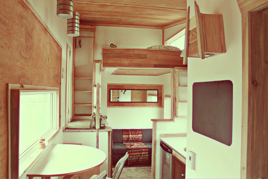 Twelve damn fabulous tiny house cabin for Tiny house interior ideas
