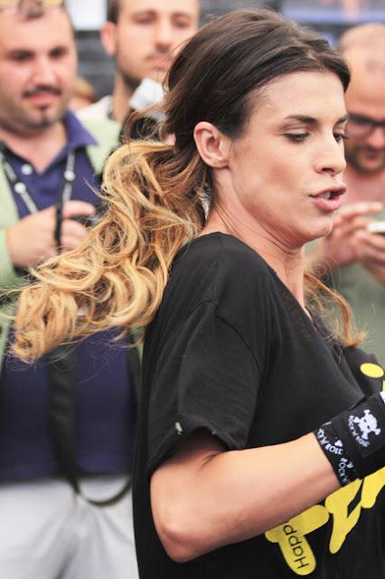 Elisabetta Canalis performing Krav Maga