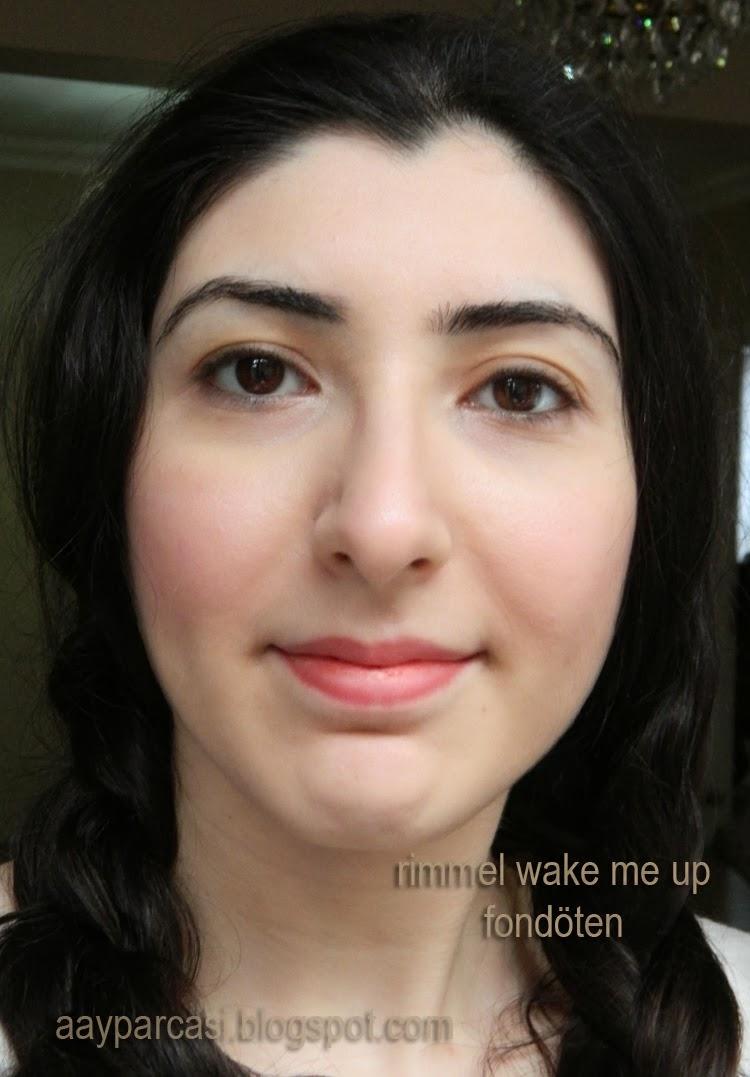 Rimmel Wake Me Up Fondöten