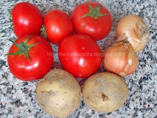 Tocanita de rosii cu cartofi ingrediente reteta