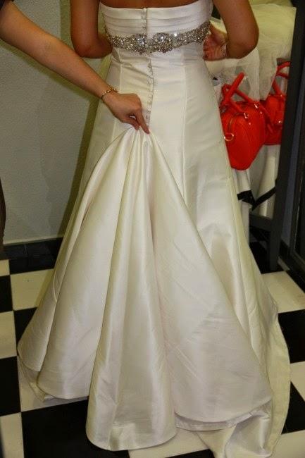 como enganchar la cola del vestido de novia – vestidos madrina