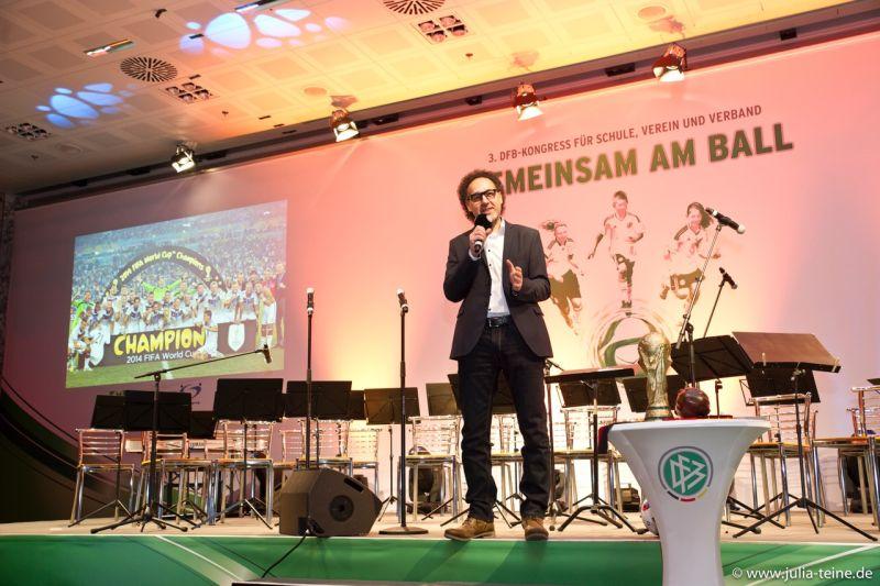 Fußball-Kabarett mit David Kadel