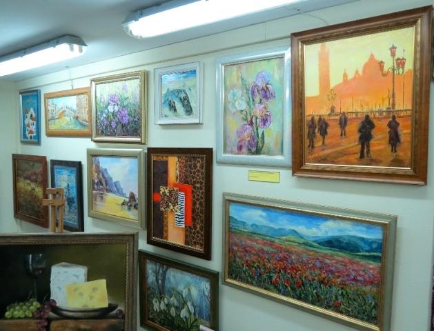 """Выставка """"Презент на Рождество"""" в галерее Дом картин"""