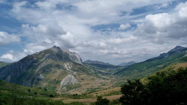 Valle de La Braña con el Pico Torres