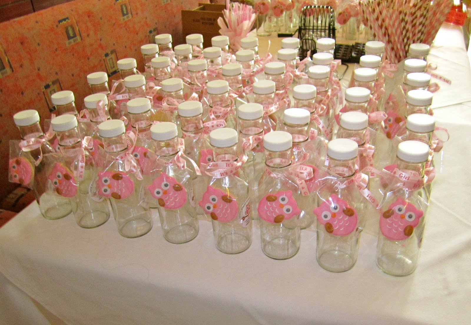 Baking beauty and beyond owl themed baby shower ideas for Baby shower decoration online