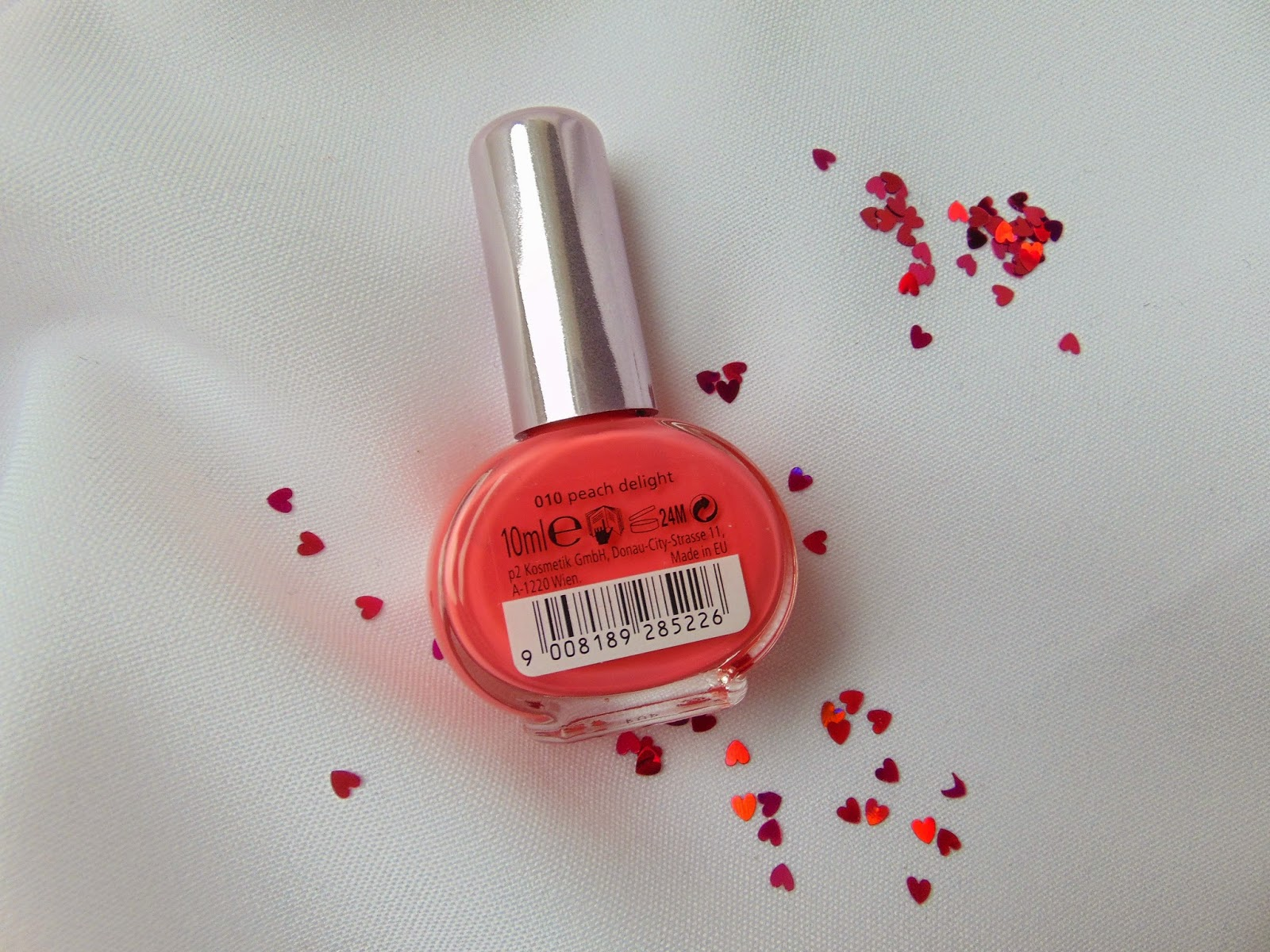 p2 Limited Edition: Just dream like - spring's fav nail polish - Peach Delight - www.annitschkasblog.de