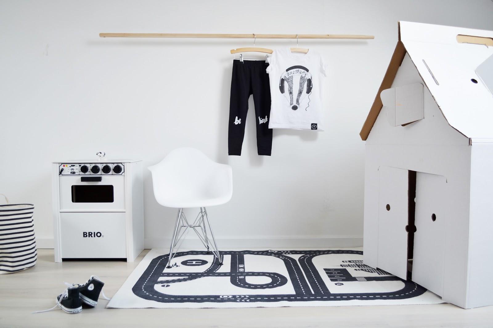 Saved with style kidsroom musthave eames design kinderstoel - Kamer kinderstoel ...