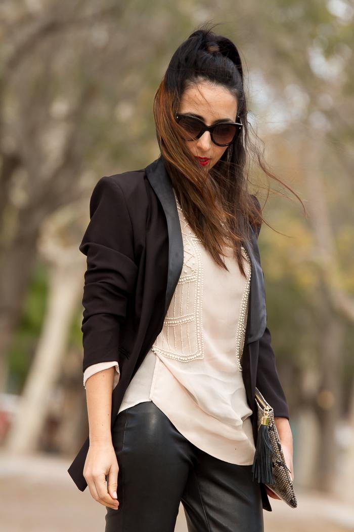 Como llevar un esmokin con estilo femenino