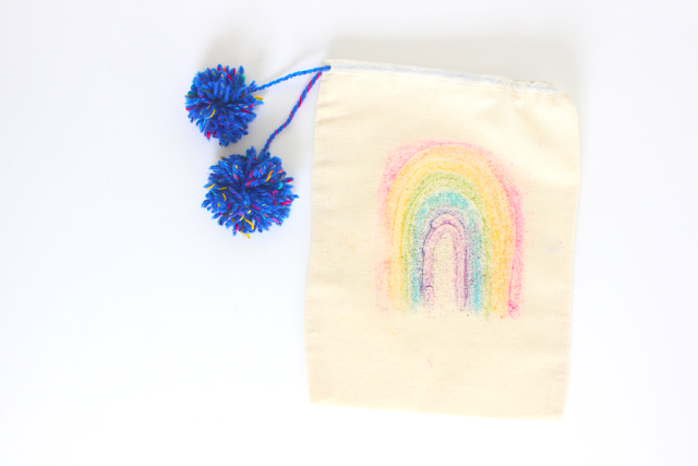 This sandpaper transfer kids craft bag is perfect for any spring gift!