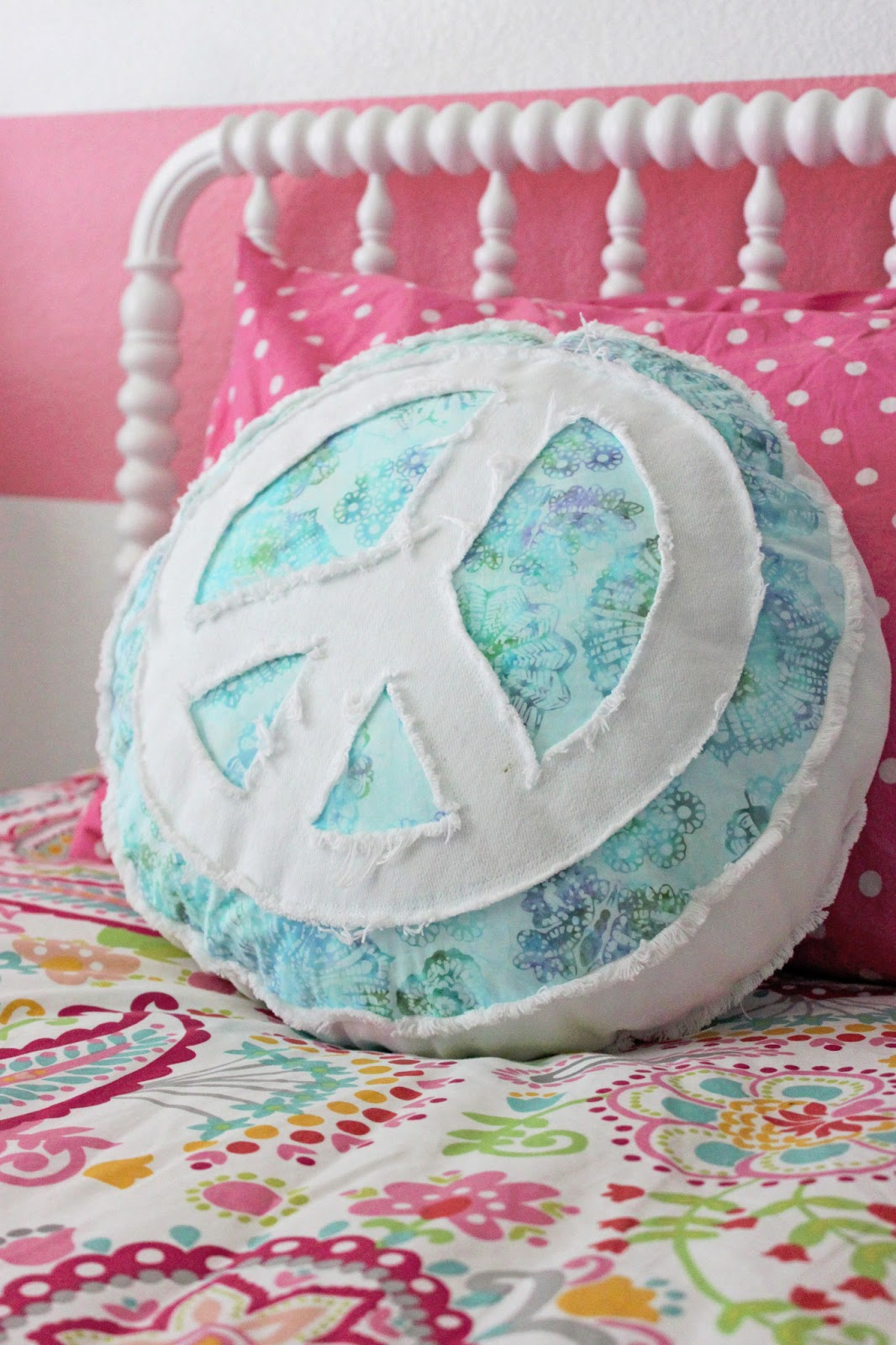Peace Sign Bedroom A Little Of This A Little Of That Girls Room Tour