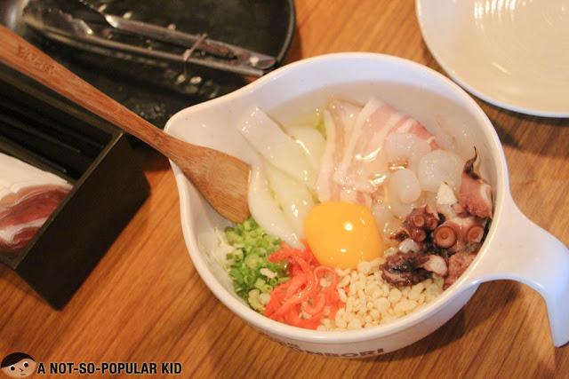 Dohtonbori's Mixed Okonomiyaki