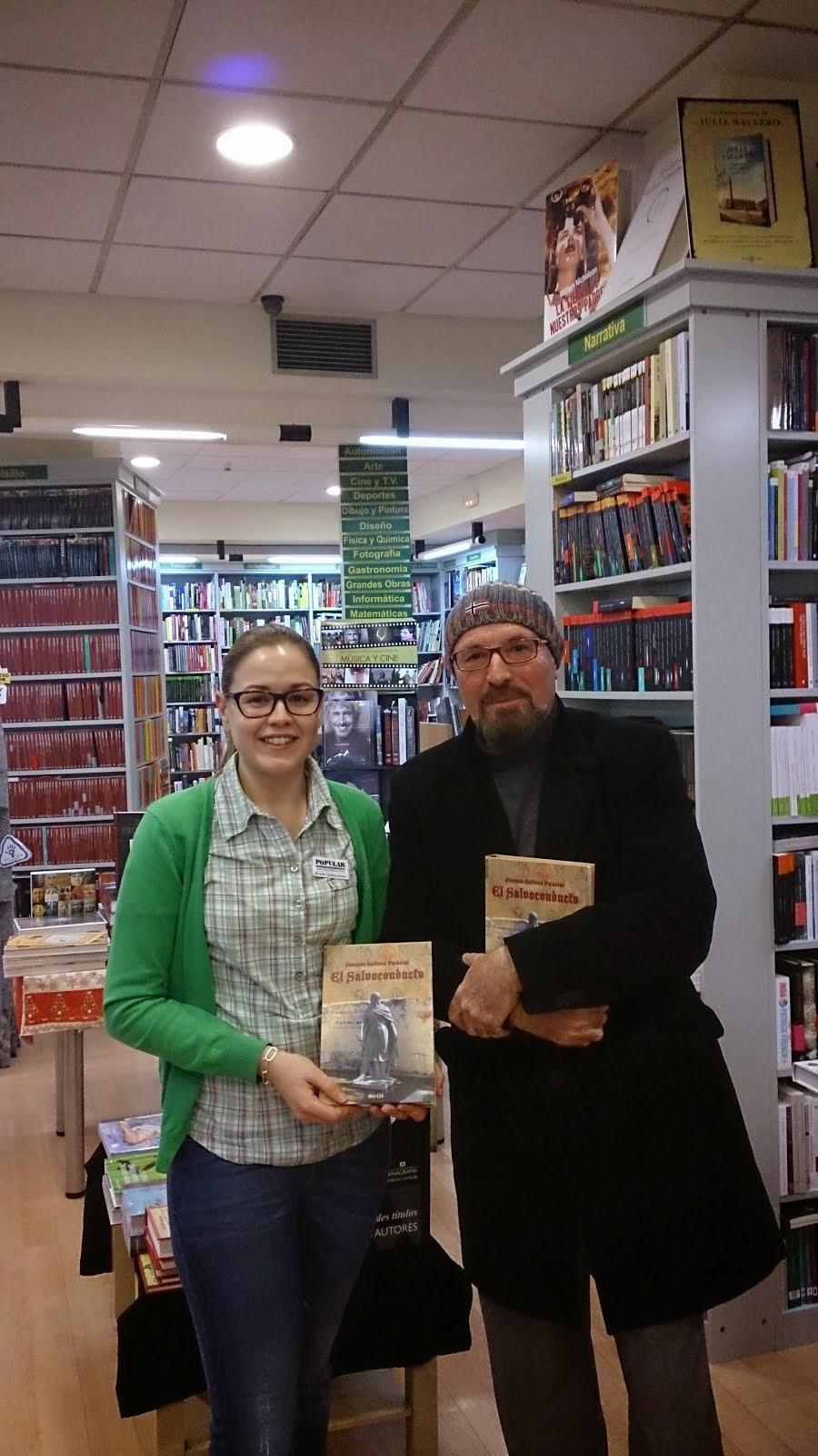 Con Rocio. Librería Popular, Albacete.