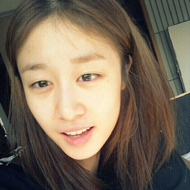PARK JIYEON Without Make Up Photo