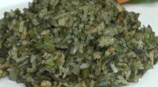 Receita de arroz de cuxá do Maranhão com camarão