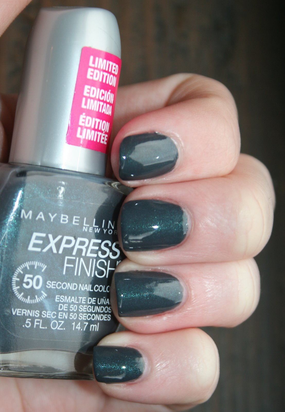 Maybelline Cool Couture swatch