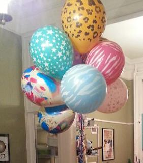 huge-balloons
