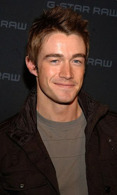Robert Buckley actores de television
