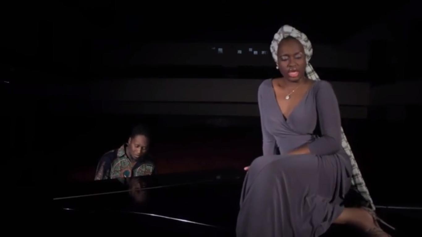 """A MC moçambicana Iveth lança o clipe """"4 Estações (remix)"""" com Miguel Xabindza"""
