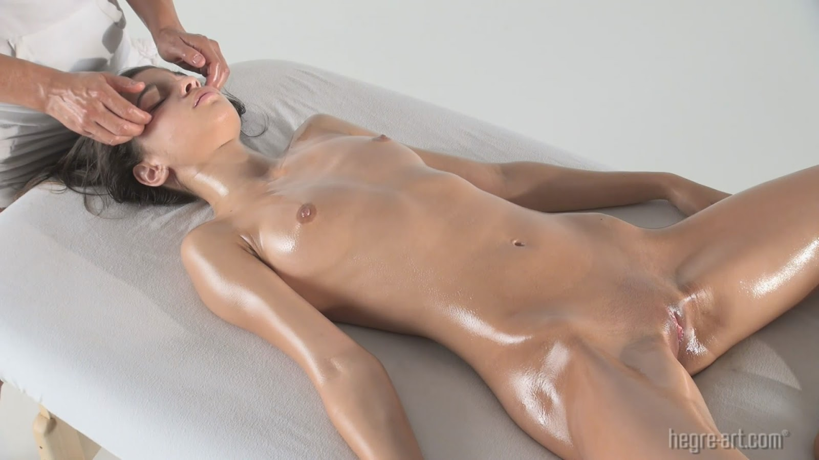 sexy massage bodyrotic massage