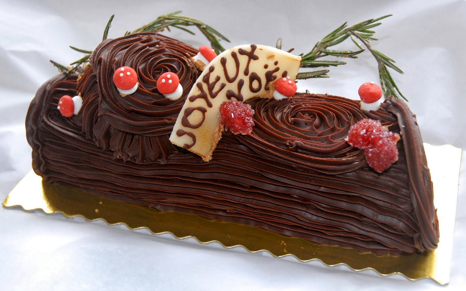 Oh, by the way...: Le Bûche de Noël