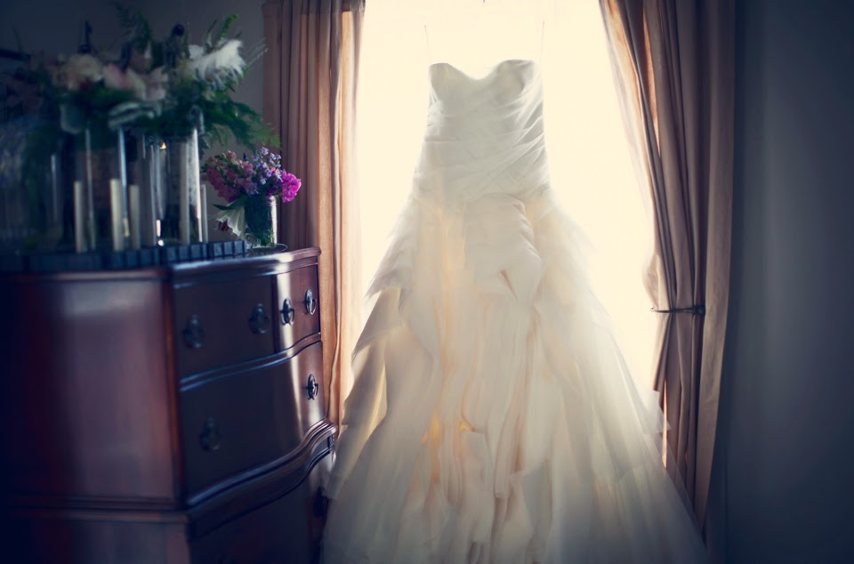 custom-made wedding dresses