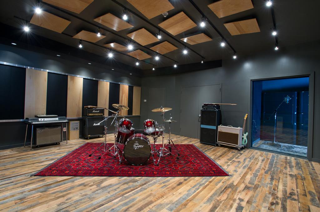 Converses New Rubber Tracks Recording Studio