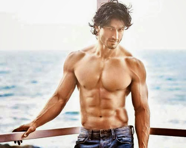 Gym workouts to Vidyut Jamwal focuses primarily on the shoulders and ...
