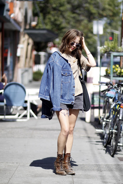 Sophia Linesman Lambs Ear Illesteva Sunglasses Seattle Street Style Justin Boots