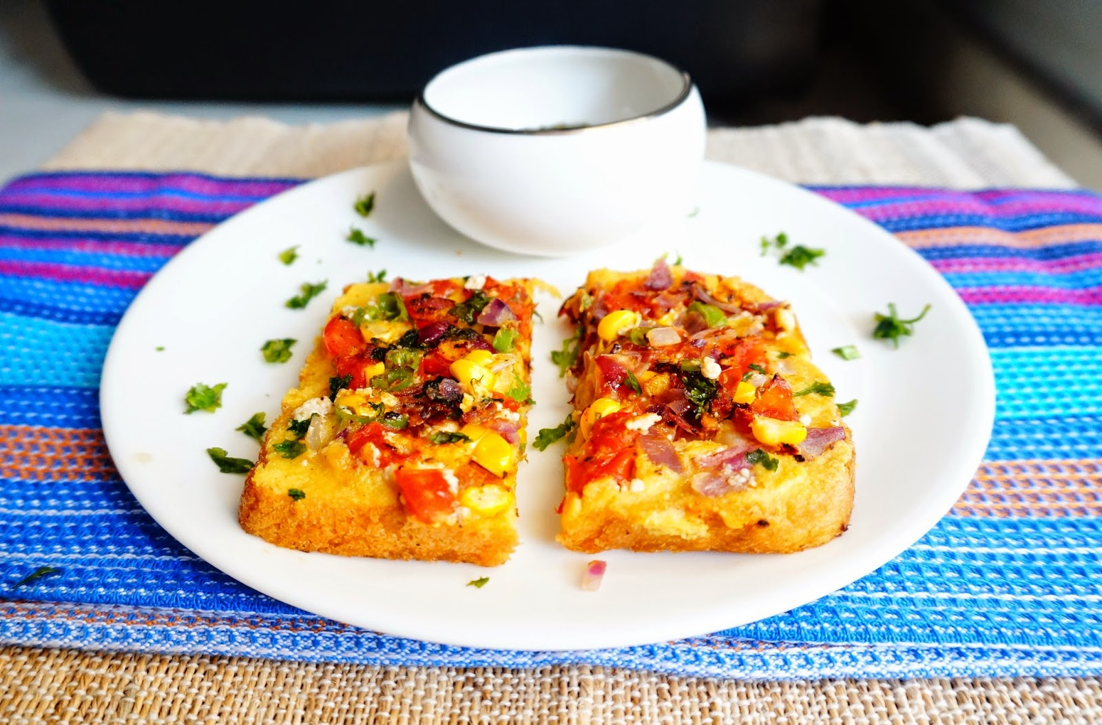 besan pizza toast,veggie toast, toast,breakfast,easy recipes,Indian
