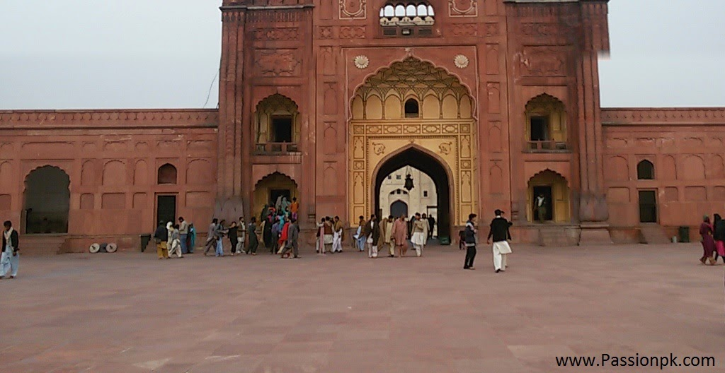 Badshahi Mosque Exit Way