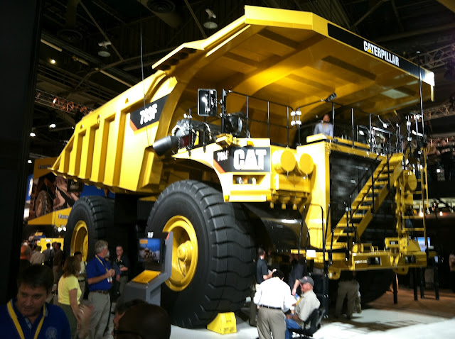 Caterpillar 793F Haul Truck